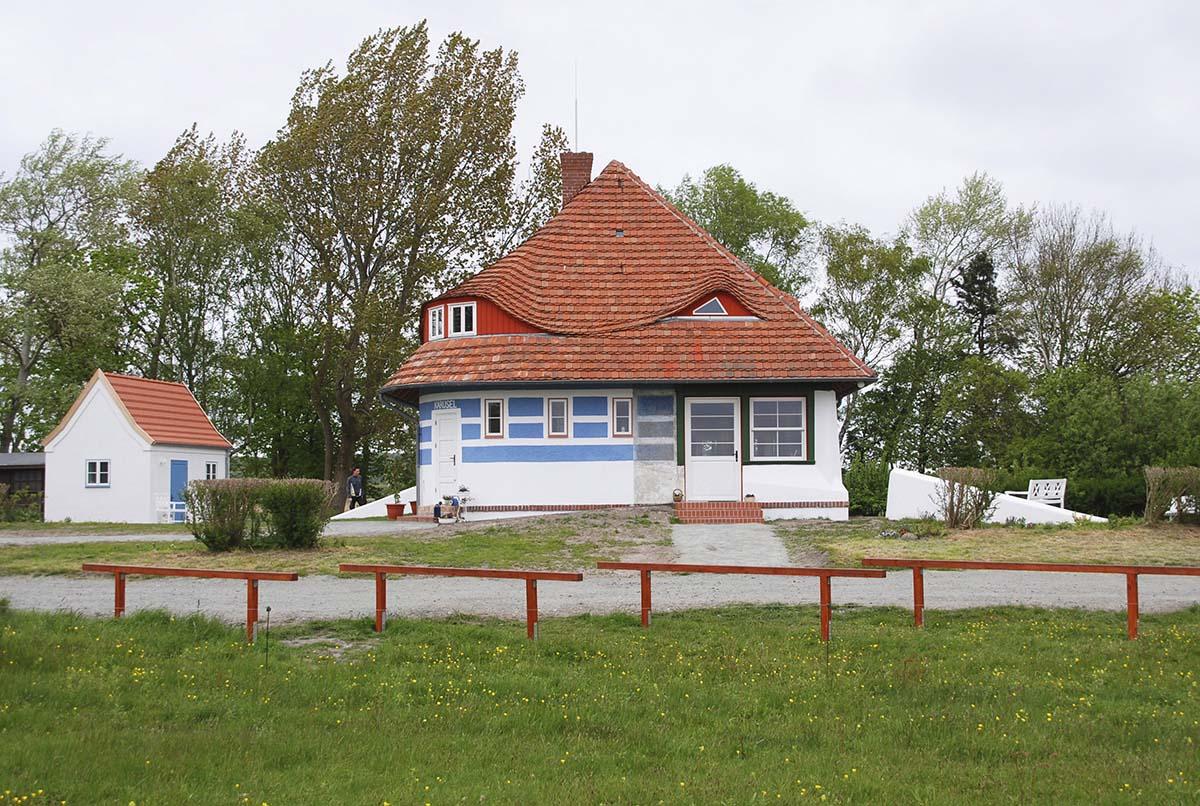 Das Haus Karusel in Vitte, ein Sommerhaus von Max Taut auf Hiddensee