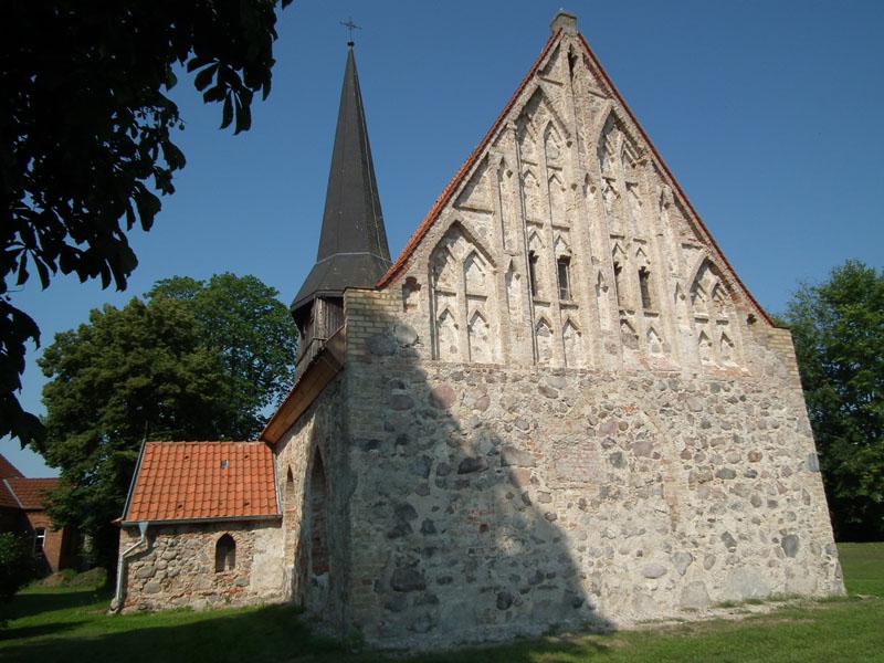 Die Dorfkirche datiertRussische Dating-Website schwarze Liste